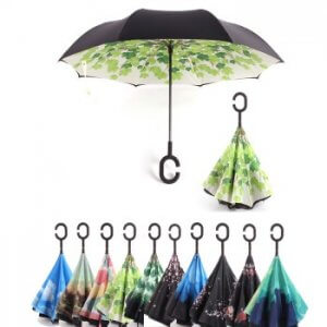 מטריה שנפתחת הפוך לרכב